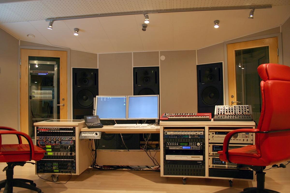 Studio Alpha 2007_3